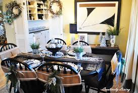 Dining Room Table Decorating Ideas For Christmas by The Christmas Dining Room Creatively Living Blog