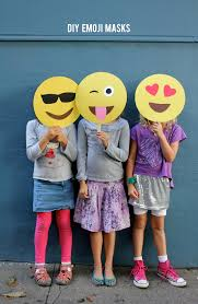Laughing Emoji Pumpkin Carving by Alice And Loisdiy Emoji Masks