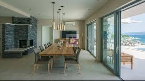 exklusive moderne villa mit panorama meerblick