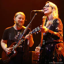 Tedeschi Trucks Band Cover Bowie, Jam With Jorma Kaukonen In Boston ... Tedeschi Trucks Band Upcoming Shows Tickets Reviews More 2017 Beacon Theatre Residency Recordings Wow Fans At Orpheum Theater Beneath A Desert Sky Summer 2018 Dates Run Confirmed Live Cover Bowie Jam With Jorma Kaukonen In Boston Closes Out Capitol Full Show Pro Three Sold Nights The Chicago Photos Setlist Widespread Panic Uno Lakefront Arena New Gallery The Setlists Weve Nabbed All Songs Considered Npr