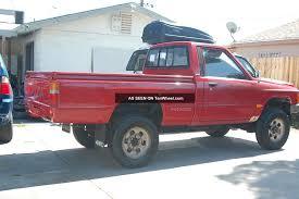 100 1987 Toyota Truck Pickup 4x4 Hilux Tacoma 22r Base Model Work Mate Off