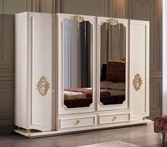 casa padrino luxus barock schlafzimmerschrank weiß gold 267 x 73 x h 223 cm edler massivholz kleiderschrank schlafzimmer möbel im barockstil