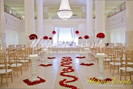 Red And White Wedding Roses Gold Chiavari Chairs