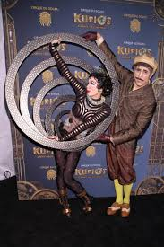 Kurios Cabinet Of Curiosities by See The New York Premiere Of Cirque Du Soleil U0027s Kurios On