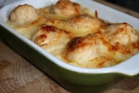 cuisiner les coquilles st jacques surgel馥s noix de st jacques sur lit de poireaux et sa sauce crémeuse au