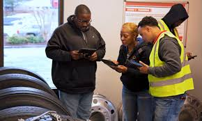 100 U S Xpress Truck Driving Jobs Takes HighTech Handson Approach To Driver Training
