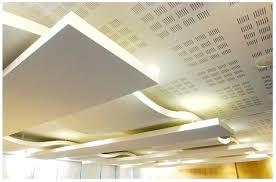 faux plafond lumineux led faux plafond en demi cercle avec spot