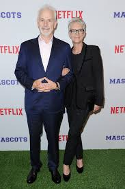 Halloween Jamie Lee Curtis Age by Jamie Lee Curtis And Christopher Guest Buy The House Next Door In