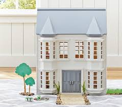 Greenwich Dollhouse