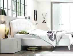 chevet chambre adulte image chambre adulte chevet design blanc et chromac chambre adulte