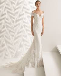 Mermaid style lace and guipure lace wedding dress with off the
