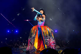 Grants Farm Halloween 2014 by Katy Perry Dressed Up As In A Cheeto Costume For Halloween 2014
