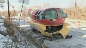 Oscar Mayer Wienermobile Crashes In Pennsylvania | Abc7chicago.com