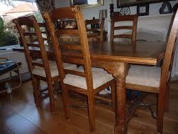 Oak Dining Table With 6 Matching Natural Fabric Chairs In Immaculate Condition