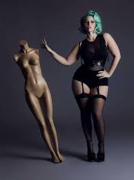 Plus Size Fashion Photography Examples4 600x800