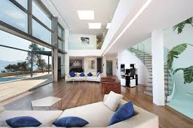 104 Water Front House Modern Front Home Designs