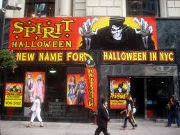 Spirit Halloween Locations Brandon Fl by A Spirit Halloween Pop Up Store In Midtown In New York On Tuesday