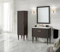 klassisches badezimmer finitura laccato moka