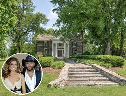 Miley Cyrus Buys a Modern Farmhouse in Franklin