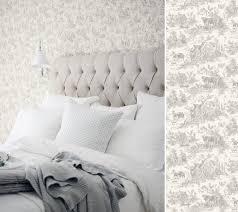 papier peint chambre papiers peints toile de jouy pour une chambre au fil des