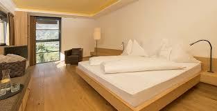 familienzimmer suiten für familien im hotel pazeider in
