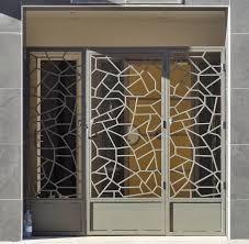 fabrication portillon et porte en fer forgé sur hyères la