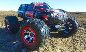 RC ADVENTURES - TRAXXAS SUMMiT RUNNiNG ViDEO - 4x4 RC Truck With New ...