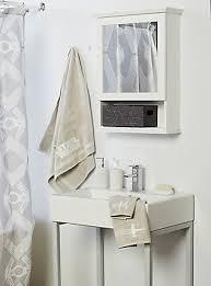Burgundy Star Bathroom Accessories by Movie U0026 Tv Themed Bathroom Accessories Topic