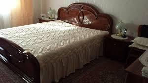 italienische schlafzimmer stilmöbel hochglanz farbe mahagoni