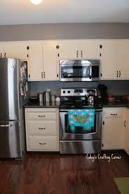 kitchen appliances white shaker kitchen cabinets wood white