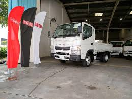 100 Mitsubishi Fuso Truck 2018 Latest Model Canter 10Ft Diesel Singapore