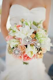 BRIDAL BOUQUETS 11 TIPS TO MAKE THE RIGHT CHOICE