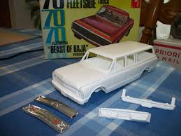 1969 70 CHEVY SUBURBAN 3 DOOR RESIN KIT w AMT 70 CHEVY BEAST