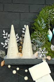 Lowes Canada Desk Lamps by Wintry Blue White Holiday Decorating Ideas Dans Le Lakehouse