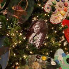 Griswold Christmas Tree Scene by Magic Of Christmas Florence Griswold Museum