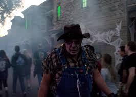 Knotts Berry Farm Halloween 2016 by 2016 Knott U0027s Scary Farm Review Gamingshogun
