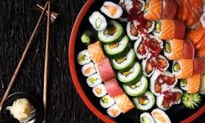 cuisine et cagne plateau délice mix de 46 pièces et 2 entrées à restaurant sushi