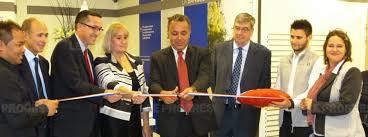 bureaux de poste lyon lyon le bureau de poste lyon confluence a été inauguré