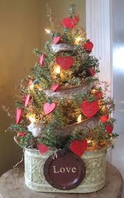 Primitive Easter Tree Decorations by 897 Best Prim Valentines Day Images On Pinterest Valentine