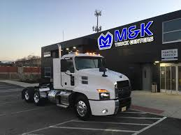 100 Woodfield Trucking Mark Rutkowski Assistant Service Manager MK Truck Centers