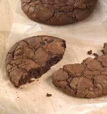 StarbucksR Indulgent Chocolate Cookie
