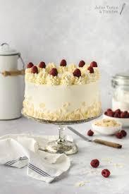 milchcreme mandel torte mit himbeeren und mascarpone