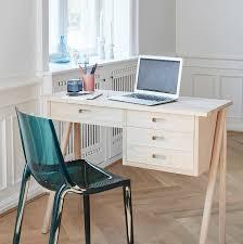 bureau pour ordinateur petit bureau gain de place 25 modèles pour votre ordinateur