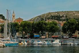 location voiliers et de catamarans à marseille