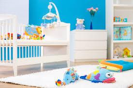 accessoire chambre bébé accessoire lit pas cher chambre fille winnie lourson jaune