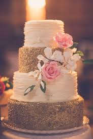 8 The Perfect Textured Wedding Cakes