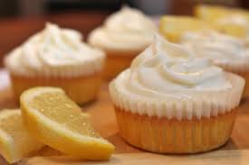low carb lemon cupcakes zitronen muffins bake with