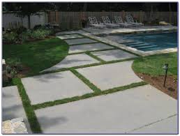 Menards Patio Paver Patterns by Flagstone Patio Pavers Menards Patios Home Decorating Ideas