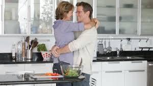 les amoureux de la cuisine etre humain style de vie à la maison hd stock 922 028