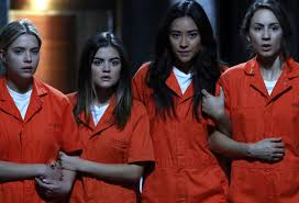 Pll Halloween Special by 13 Times The U0027pretty Little Liars U0027 Liars Made The Biggest Mistakes